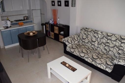 Wohn- und Esszimmer mit direktem Terassezugang