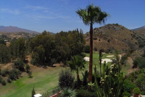 View Golfcourse