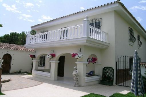 Gewerbeimmobilie in Elviria zum Kauf