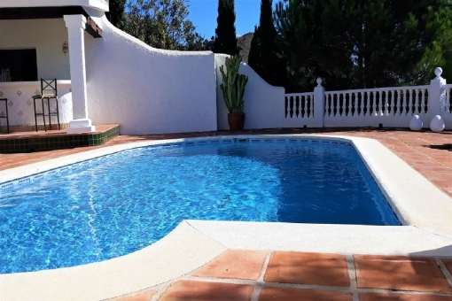 Fantastic pool with sunny terrace