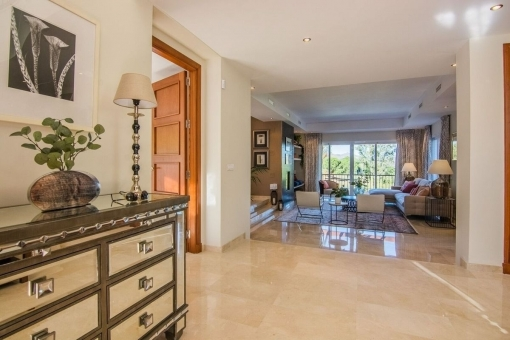 Spacious foyer and living area