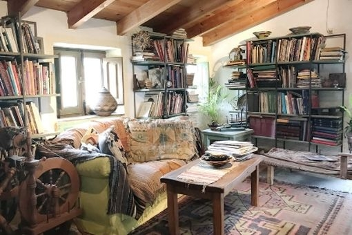 Cosy reading corner in the living area