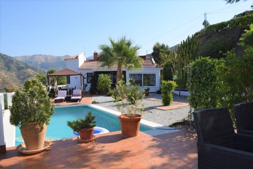 Lovely maintained villa with pool in Torrox, Málaga