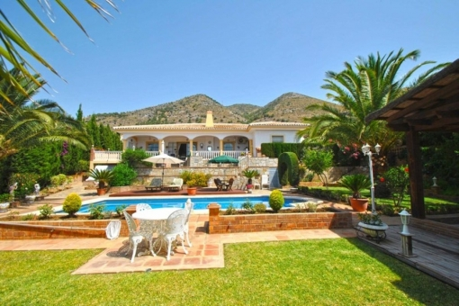 Dreamlike villa with swimming pool in Capellanía, Benalmádena