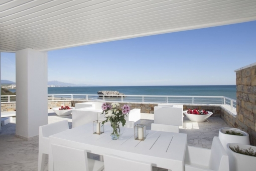Spacious terrace with open sea views