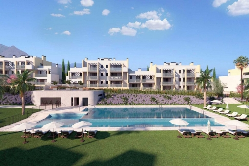 Brand new middle floor apartment in gated complex close to beaches and golf in Casares