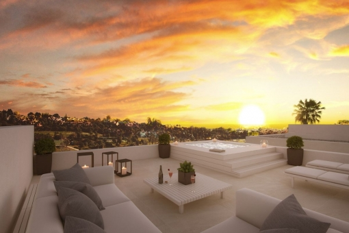 Roof terrace with jacuzzi and impressive open views