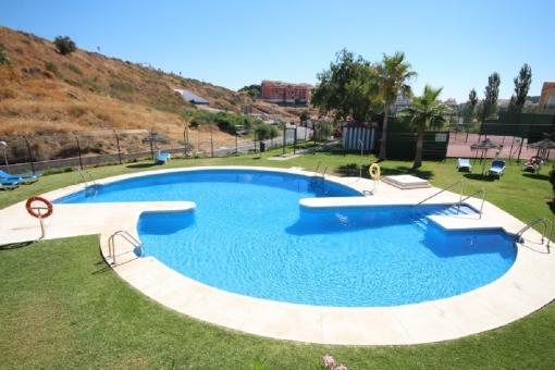 Extensive pool area