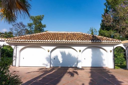 Villa 1 - Garage for 3 cars