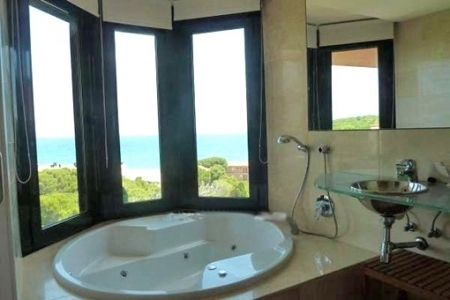 One of the 2 sensational bathrooms