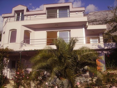 house in Makarska