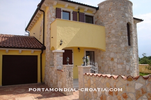 house in Pula