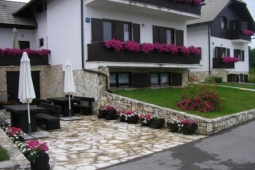 house in Plitvička jezera