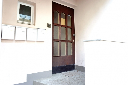 Access to the building