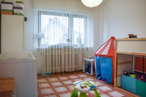 Spacious childrens room