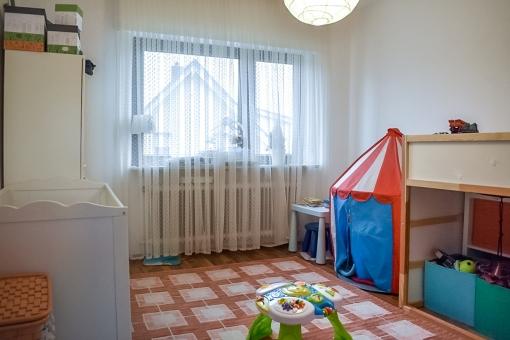Großzügiges Kinderzimmer