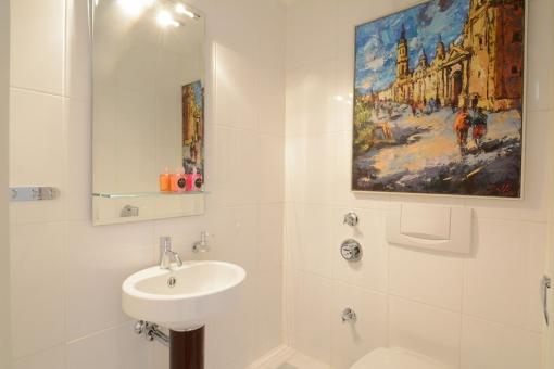 Wohnung-Wellingsbuettel-Badezimmer-Waschbecken