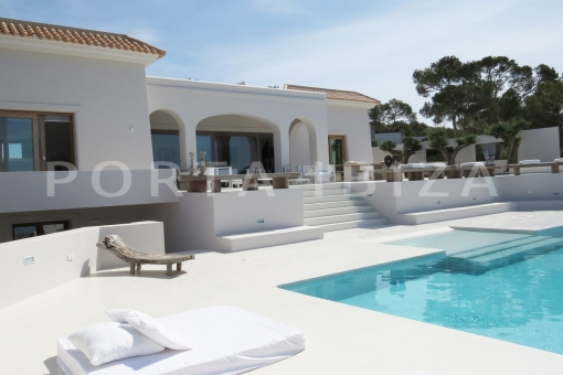 house in Cala Tarida for sale