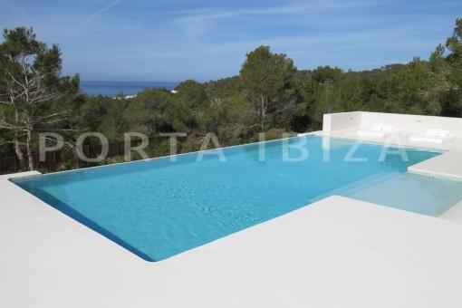 pool-luxury property-fantastic sea views-sunset views-cala tarida