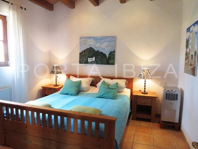 bedroom1-villa-can furnet-ibiza