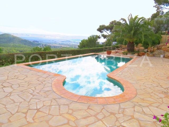 villa-can furnet-ibiza-pool