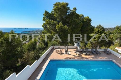 Haus in Cala Tarida zum Kauf