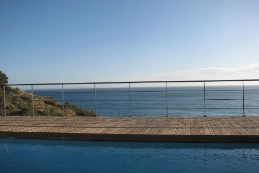 Dreamlike sea views from the pool