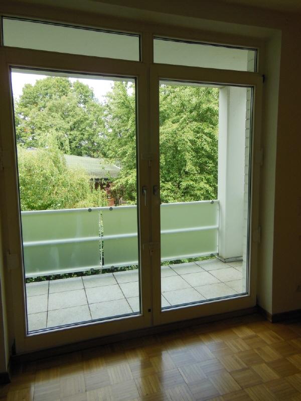 gehobene Wohnlage - teilweise bodentiefe Fenster