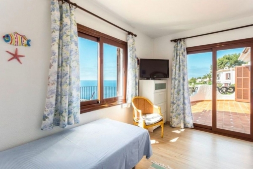 Weiteres Schlafzimmer mit Terrassenzugang