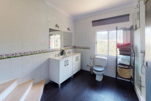 Large bathroom with bath tub