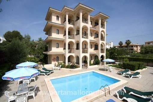 Kleines Hotel mit 16 touristischen Apartments
