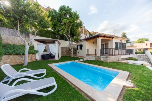 Villa in Campanet