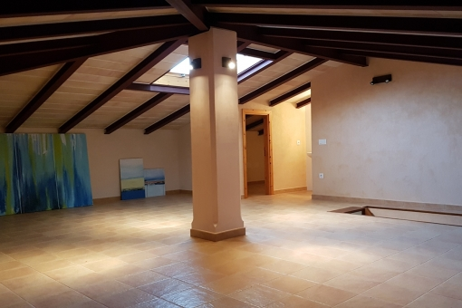 Upper floor of the finca