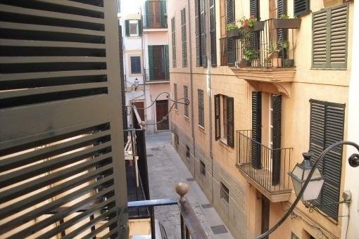 Grundsanierte Wohnung im Herzen der Altstadt und ruhiger Lage