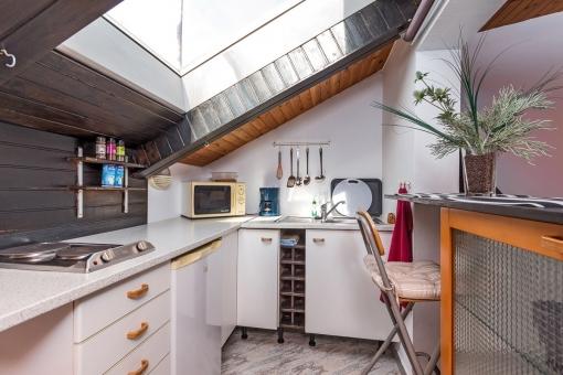 Light flooded kitchen