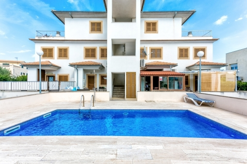 Duplex apartment close to the sea with communal pool in Puerto de Alcudia