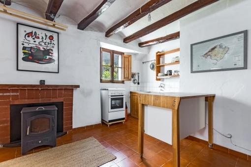 Küche mit Kamin