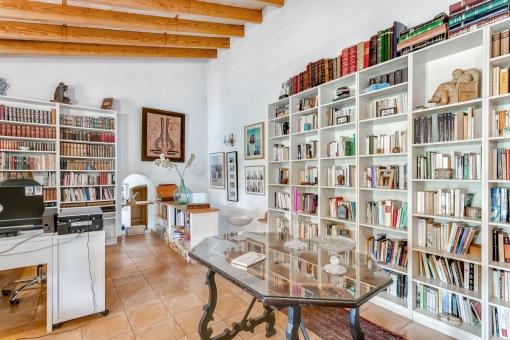 Wundervolles Bücherzimmer