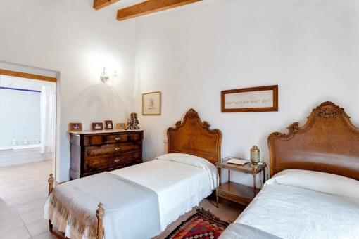 Weiteres Schlafzimmer auf der Hauptetage mit Badzeimmer en Suite