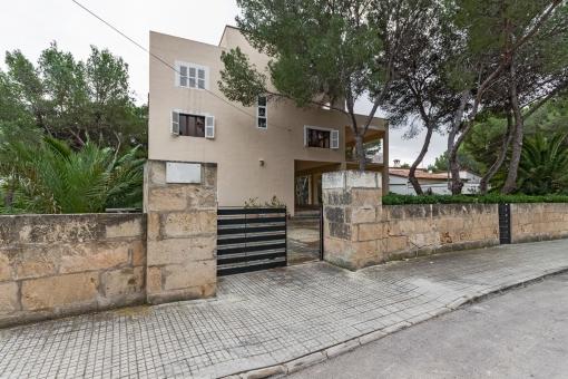 villa in Santa Ponsa for sale