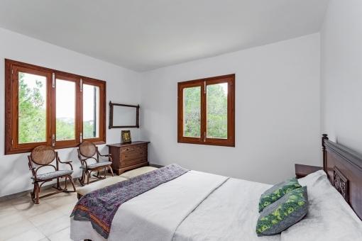 Capacious master bedroom