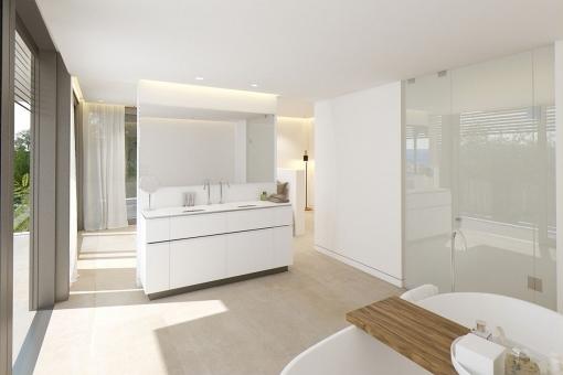 The open bathroom en suite