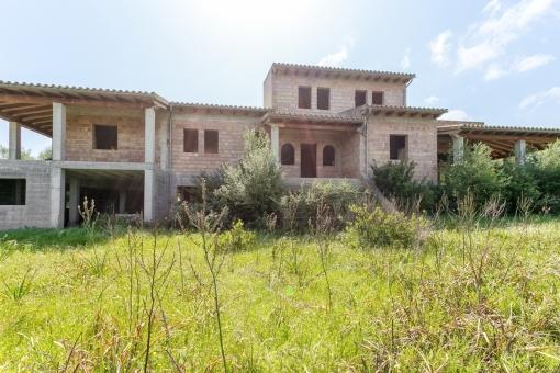 Haus in Llubi
