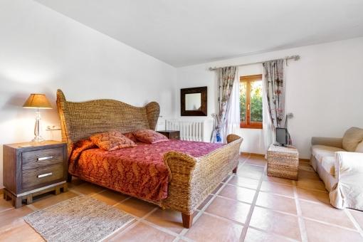 The finca offers 5 bedrooms