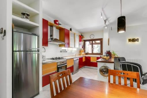 Views to the fully equipped kitchen