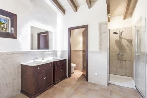 One of 6 beautiful bathrooms