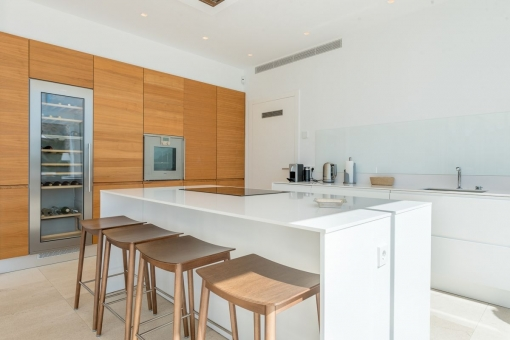 Modern kitchen with cooking island