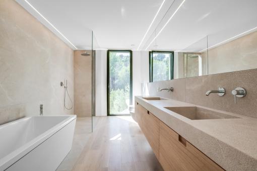 Master-Badezimmer en Suite