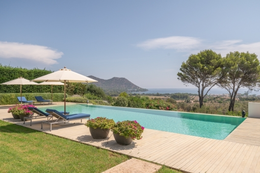 Pool with stunning sea views