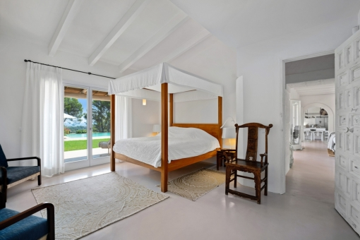 Second bedroom with garden access
